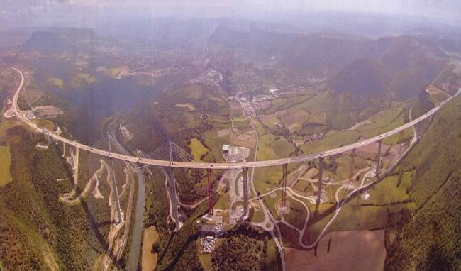 Disegni Di Piante : Viadotto di millau